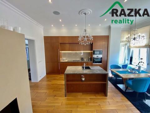 Prodej bytu 5+1, Mariánské Lázně, Hlavní třída, 206 m2