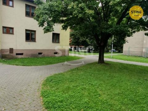 Prodej bytu 1+1, Frýdek-Místek, Beskydská, 38 m2